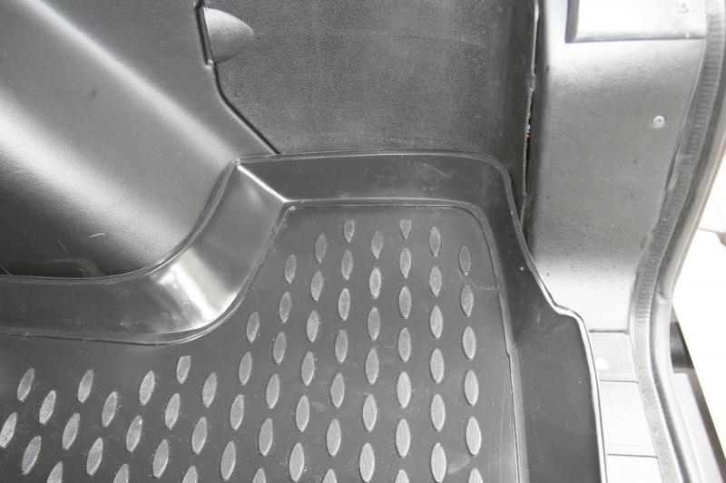 Автомобильные коврики Novline-Autofamily Коврики в салон ВАЗ 2131 Lada 4x4 5D. - фото 4